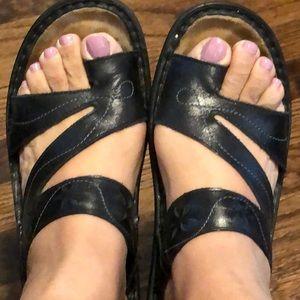Naot sandals size 38